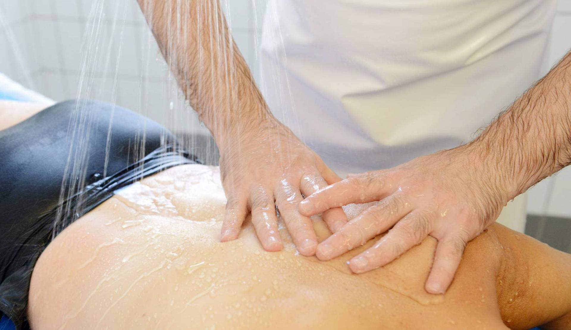 massage cure rhumatologie